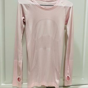 Lululemon 4 L/S like new lightpink layering shirt
